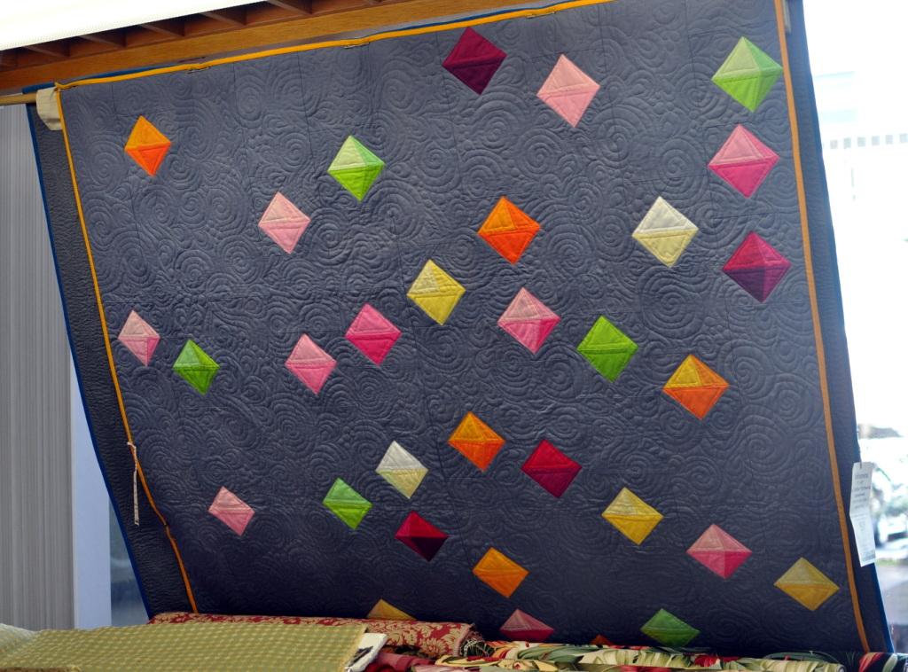 floating prisms quilt